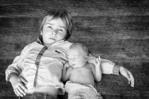 Jules et Marceau 2 séance photo bébé nouveau-né maternité grossesse par Cindy FERNANDEZ Photographe à Aubagne, Marseille, Aix-en-provence, Bouc-Bel-Air, Gémenos, Cabriès, Calas, Fuveau, Roquevaire, Peypin, Gardanne, Cadolive, Auriol, Saint-Savournin, Simiane-Collongue, La Bouilladisse, La Ciotat.